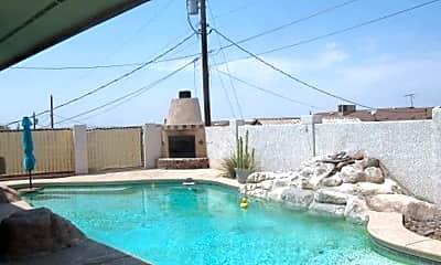 Pool, 3445 Newport Dr, 2