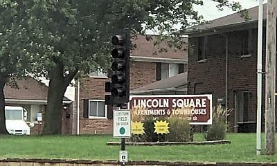 Lincoln Square Apartments, 1