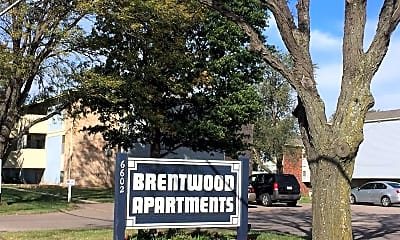 Community Signage, Brentwood Apartments, 0
