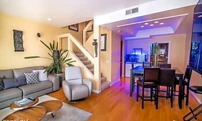 Living Room, 3675 Keystone Av, 0