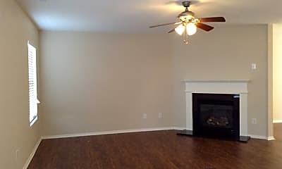 Living Room, 909 Silverberry Court, 1