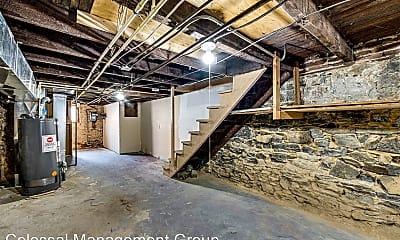 Building, 1163 Cleveland St, 2