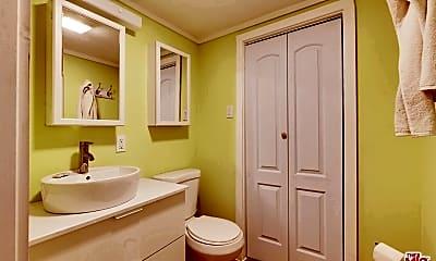 Bathroom, 3024 Angus St, 2