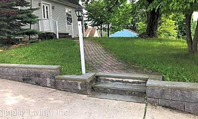 Patio / Deck, 9 Riverview Ave, 2