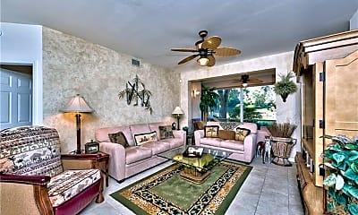 Living Room, 2190 Arielle Dr 902, 1