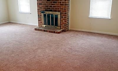 Living Room, 1045 Old Denbigh Blvd, 1