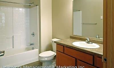 Bathroom, 3414 21st Ave. NW/2220 35th St. NW/2213 33rd St. NW/3312 21st Ave. NW, 2