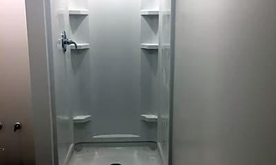 Bathroom, 21 Beechurst Ave, 2