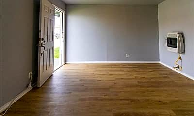 Living Room, 116 W Avenue A, 1