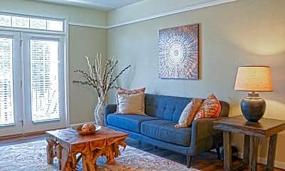 Living Room, 525 Historic Kempsville, 1