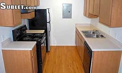 Kitchen, 610 SW 52nd St, 1