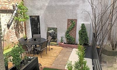 Patio / Deck, 1204 Morris St, 2