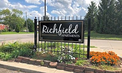 Richfield Apartments, 1