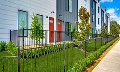 Building, 3275 Dallas St 105, 2