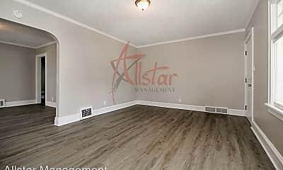 Living Room, 6816 Bradley Ave, 2