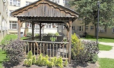 Courtyard, The Puritan, 0