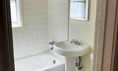 Bathroom, 407 S Kenmore Ave, 1