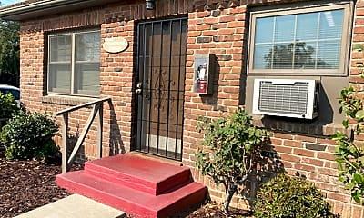 Patio / Deck, 1329 W Lodi Ave, 1