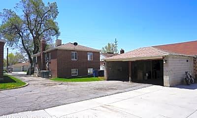 Building, 2139 E 2700 S, 2