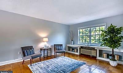 Living Room, 1624 W Abingdon Dr 202, 1