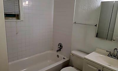 Bathroom, 1412 W 107th St, 0