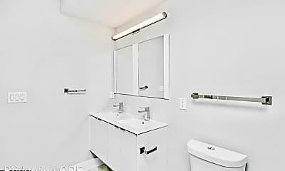 Bathroom, 1710 N 25th St, 2