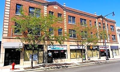 Building, 327 Howard St, 1