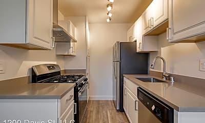 Kitchen, 1200 Davis St, 1