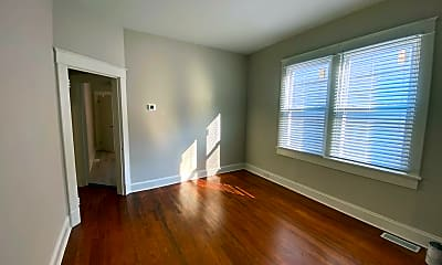 Living Room, 3209 Decatur St, 1