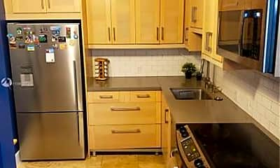 Kitchen, 20335 W Country Club Dr, 0