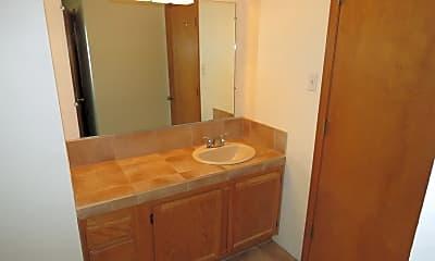 Bathroom, 1523 Avenida de Las Americas, 2