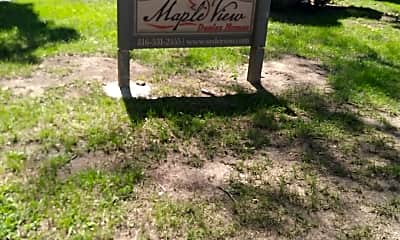 Maple View Duplexes, 1