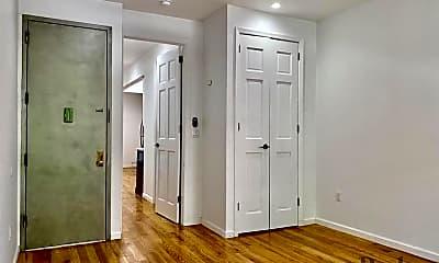 Living Room, 1418 Dekalb Ave, 1