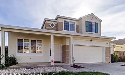 Building, 549 Cattail Dr, 0