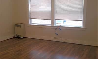 Living Room, 3065 Leeward Ave, 1