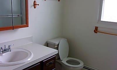 Bathroom, 4608 E 13th St, 2