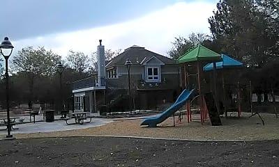 Hickory Hill Village, 2