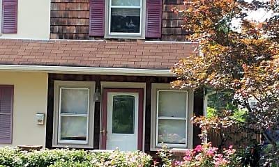 Building, 800 Warren St, 0