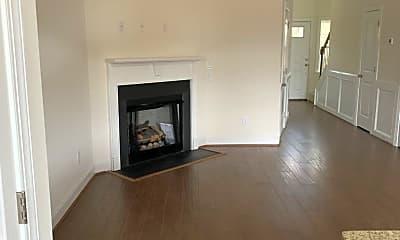 Living Room, 5170 Farm House Trail, 0