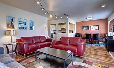Living Room, 1300 W 7th Ave, 1