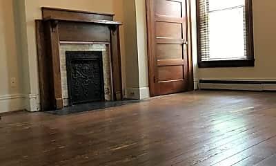 Living Room, 312 S Upper St, 1