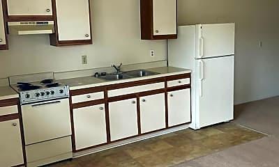 Kitchen, 3917 Bowdens Ferry Rd, 2