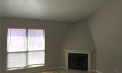 Living Room, 224 E 13th St F, 1