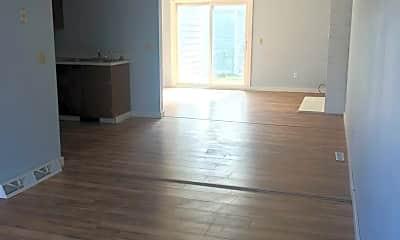 Living Room, 3311 Winchell Ln, 0