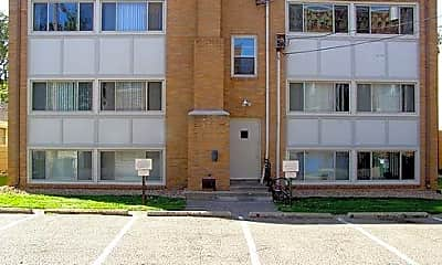 Building, 3509 Emerson Ave S, 2