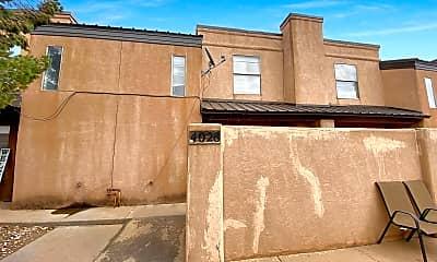 Building, 4028 N Calle Grande, 1
