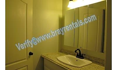 Bathroom, 478 Tanner St., 2
