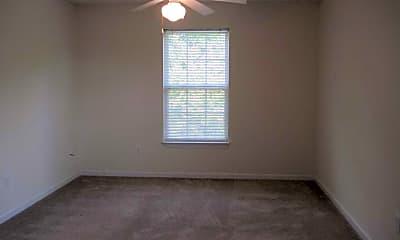 Oak Leaf Apartments, 2