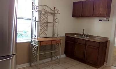 Kitchen, 3011 S Arch St, 2