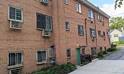 Building, 400 51st St SE 202, 1